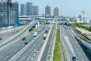 東京都内の運転は怖い!安全にドライブするコツ